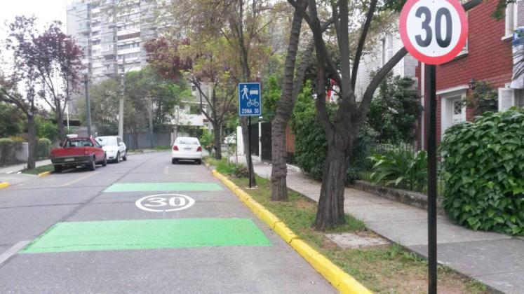 municipalidad-de-providencia-zonas-30-calle-ruperto-correa-2